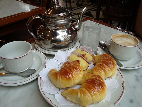 medialunas1 Breakfast in Buenos Aires | Argentina