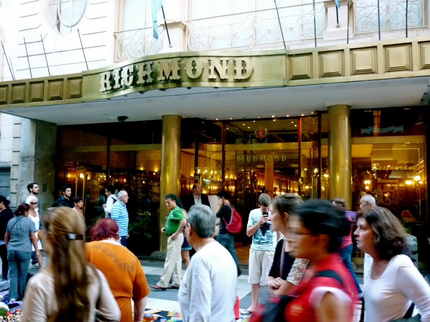richmond1 Notable Cafes of Buenos Aires